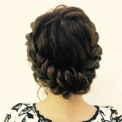 ヘアセット ツイスト フェミニン アップスタイル ヘアスタイルや髪型の写真・画像