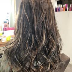 フェミニン 外国人風 外国人風カラー ハイライト ヘアスタイルや髪型の写真・画像