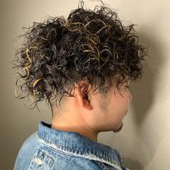 ストリート メンズパーマ ショート パーマ ヘアスタイルや髪型の写真・画像