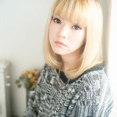 ミディアム ハイトーン ガーリー 渋谷系 ヘアスタイルや髪型の写真・画像