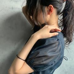 ロング 前髪アレンジ ナチュラル ポニーテールアレンジ ヘアスタイルや髪型の写真・画像