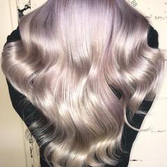 モード グレージュ ロング ホワイト ヘアスタイルや髪型の写真・画像