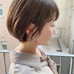ナチュラル ショートヘア 大人かわいい オフィス ヘアスタイルや髪型の写真・画像