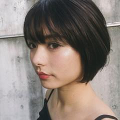 小顔 こなれ感 大人かわいい ショート ヘアスタイルや髪型の写真・画像