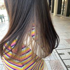 アッシュグレージュ ロング ブリーチカラー ブリーチ ヘアスタイルや髪型の写真・画像