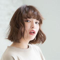 ミディアム ゆるふわ 大人かわいい 透明感 ヘアスタイルや髪型の写真・画像