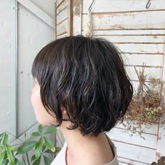 黒髪 ゆるふわ ボブ オフィス ヘアスタイルや髪型の写真・画像