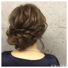 ナチュラル 結婚式 ブライダル アップスタイル ヘアスタイルや髪型の写真・画像