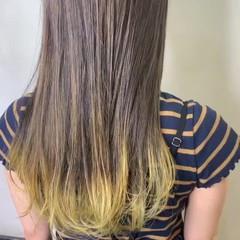 イルミナカラー ロング インナーカラー 黒髪 ヘアスタイルや髪型の写真・画像