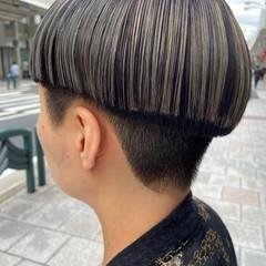 ブリーチ ブリーチカラー アッシュグレージュ モード ヘアスタイルや髪型の写真・画像