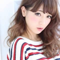 モテ髪 ロング 丸顔 ナチュラル ヘアスタイルや髪型の写真・画像