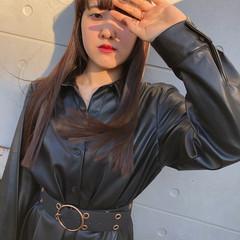 ウルフカット 簡単スタイリング 切りっぱなし 黒髪 ヘアスタイルや髪型の写真・画像