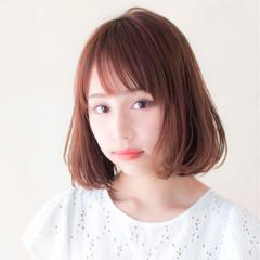女子会 斜め前髪 オフィス リラックス ヘアスタイルや髪型の写真・画像