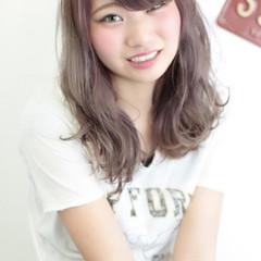 爽やか ダブルカラー セミロング ピンク ヘアスタイルや髪型の写真・画像