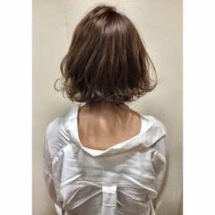 春 ボブ 大人かわいい フェミニン ヘアスタイルや髪型の写真・画像
