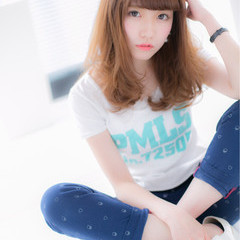 大人かわいい ベビーバング 外国人風 ミディアム ヘアスタイルや髪型の写真・画像