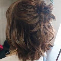 ナチュラル ミディアム ヘアアレンジ 簡単ヘアアレンジ ヘアスタイルや髪型の写真・画像