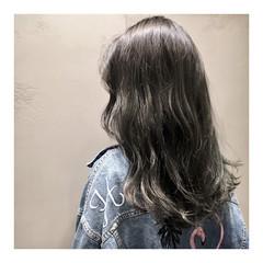 グレーアッシュ ストリート 黒髪 暗髪 ヘアスタイルや髪型の写真・画像