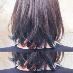ブルー ミディアム グラデーションカラー 外国人風 ヘアスタイルや髪型の写真・画像
