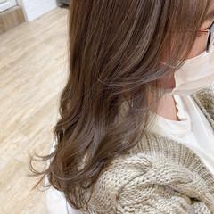 艶髪 透明感 セミロング ベージュ ヘアスタイルや髪型の写真・画像