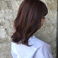 ナチュラル まとまるボブ ベリーピンク ピンクブラウン ヘアスタイルや髪型の写真・画像