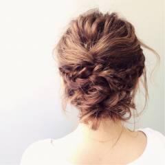 三つ編み ナチュラル フェミニン ヘアアレンジ ヘアスタイルや髪型の写真・画像