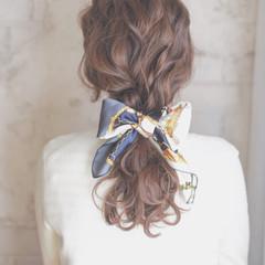 大人かわいい ショート ヘアアクセ ゆるふわ ヘアスタイルや髪型の写真・画像