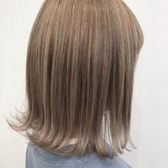 ベージュ ミルクティー ミディアム TOKIOトリートメント ヘアスタイルや髪型の写真・画像