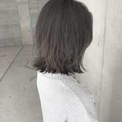 ウェーブ ナチュラル ボブ インナーカラー ヘアスタイルや髪型の写真・画像