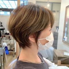 丸みショート 大人かわいい イルミナカラー ショートヘア ヘアスタイルや髪型の写真・画像