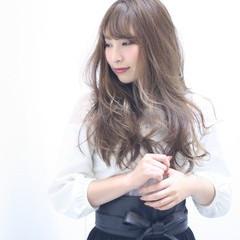アンニュイ エレガント 外国人風 ロング ヘアスタイルや髪型の写真・画像