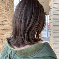グラデーションカラー ハイライト ミディアム 外ハネボブ ヘアスタイルや髪型の写真・画像