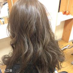 エレガント 上品 アッシュ ロング ヘアスタイルや髪型の写真・画像