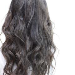 ピュア 外国人風 セミロング フェミニン ヘアスタイルや髪型の写真・画像