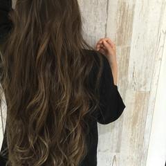 ゆるふわ 暗髪 コンサバ グラデーションカラー ヘアスタイルや髪型の写真・画像