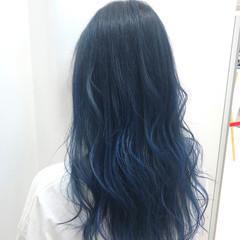 ロング ネイビーブルー ブルーグラデーション ブルー ヘアスタイルや髪型の写真・画像