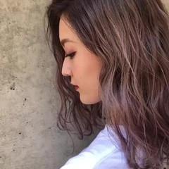 ストリート ラベンダーピンク ベージュ ラベンダー ヘアスタイルや髪型の写真・画像