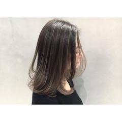 外国人風カラー 色気 ボブ グレージュ ヘアスタイルや髪型の写真・画像