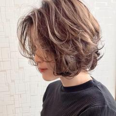 アンニュイ ボブ レイヤーカット ナチュラル ヘアスタイルや髪型の写真・画像