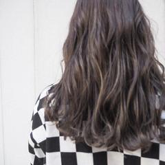 外国人風カラー ナチュラル セミロング ハイライト ヘアスタイルや髪型の写真・画像