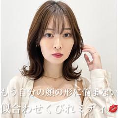 大人ミディアム レイヤーカット 韓国ヘア ミディアムヘアー ヘアスタイルや髪型の写真・画像