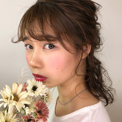 フェミニン ヘアアレンジ ハーフアップ ミディアム ヘアスタイルや髪型の写真・画像