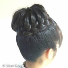 編み込み ガーリー まとめ髪 ヘアスタイルや髪型の写真・画像