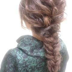 大人女子 ロング 編み込み フィッシュボーン ヘアスタイルや髪型の写真・画像