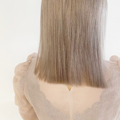髪質改善トリートメント ブリーチオンカラー ナチュラル ホワイトベージュ ヘアスタイルや髪型の写真・画像