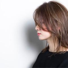 外国人風カラー グレージュ ストリート アッシュ ヘアスタイルや髪型の写真・画像