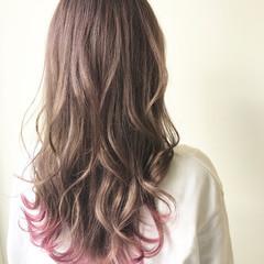 大人かわいい ロング ベリーピンク グラデーションカラー ヘアスタイルや髪型の写真・画像