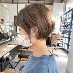 小顔ショート ショートボブ コンサバ 横顔美人 ヘアスタイルや髪型の写真・画像