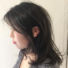 パーマ エアリー 簡単 アッシュ ヘアスタイルや髪型の写真・画像