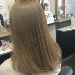 外国人風カラー ダブルカラー セミロング イルミナカラー ヘアスタイルや髪型の写真・画像